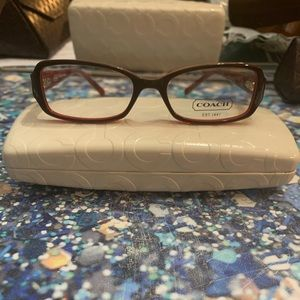 •coach red square eyeglasses 🤓 •